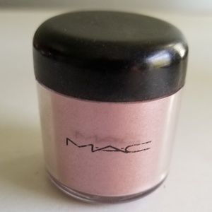 RARE DISCONTINUED M.A.C. PIGMENT APRICOT PINK